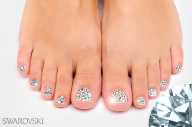Swarovski nails